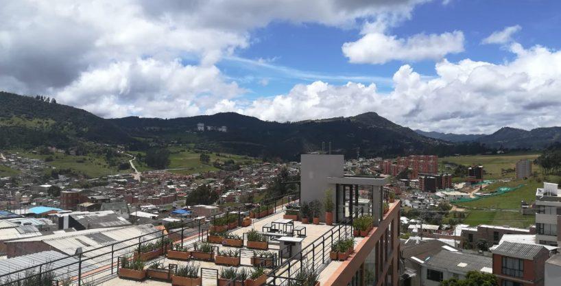Apartamento esquinero, 3 vistas, en La Calera, 2 alcobas $ 345.000.000