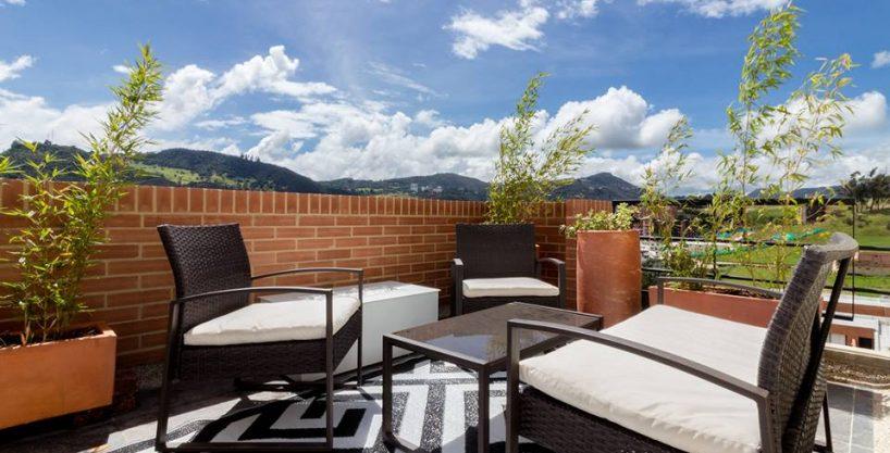 Venta Casa con amplias terrazas La Calera desde $ 509.000.000